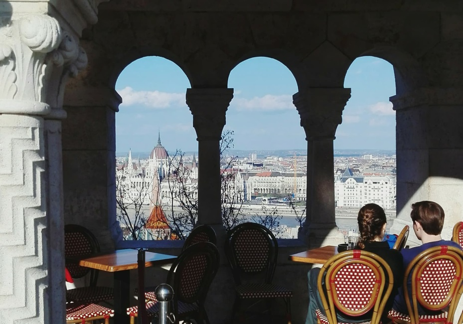 Budapest dell'ali 2 (2) evidenza