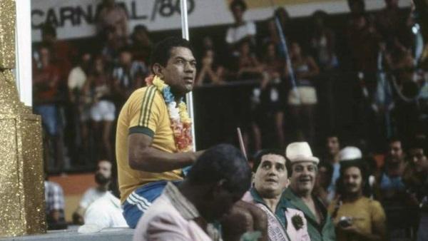 17 Febbraio 1980, Garrincha al Carnevale di Rio.