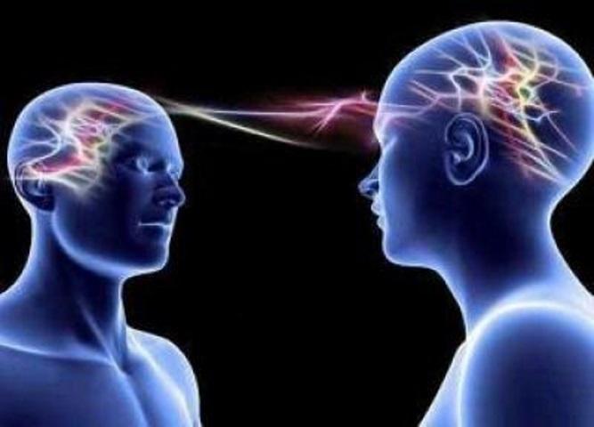 La legge di risonanza: perché il simile attrae il simile, un articolo di A. Maglione || Three Faces || La connessione