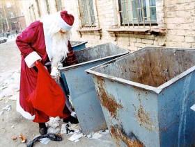 Babbo Natale cassonetti