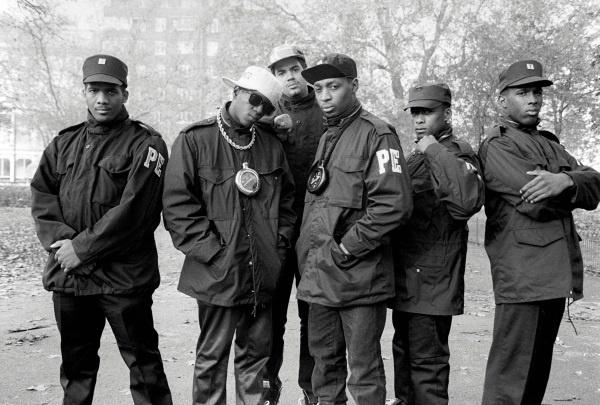 I Public Enemy, rap band simbolo dell'hip hop statunitense (Copyright David Corio/Redferns 1987)