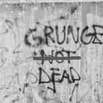 Gli ultimi giorni del Grunge di A. Biagioni || Musica e Teatro || THREEvial Pursuit