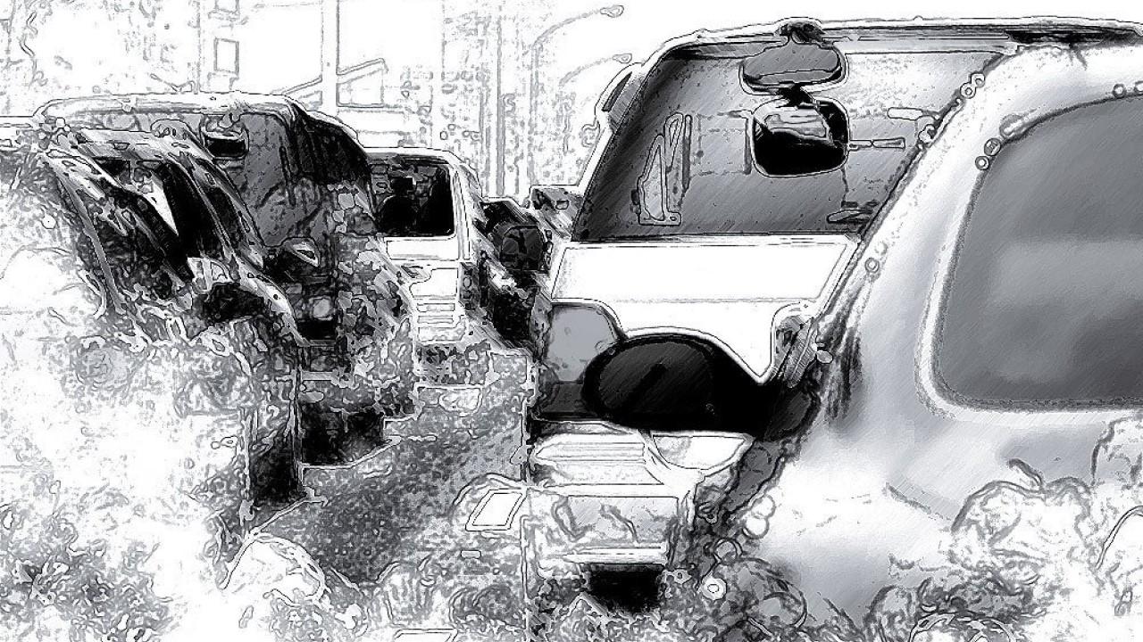 Agosto: guida in città, un articolo di C. Durden || THREEvial Pursuit